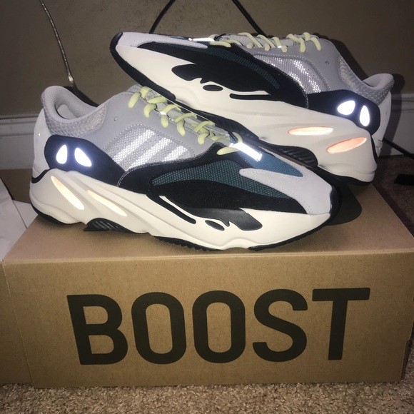7074c720d Adidas Yeezy Boost 700 Size 11 Authentic 100%